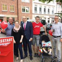 Infostand im Wahlkampf 2016